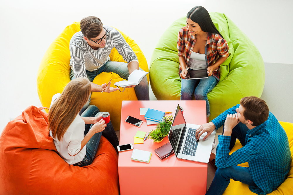 Espacios diseñados para empresas, salas de descanso, reuniones